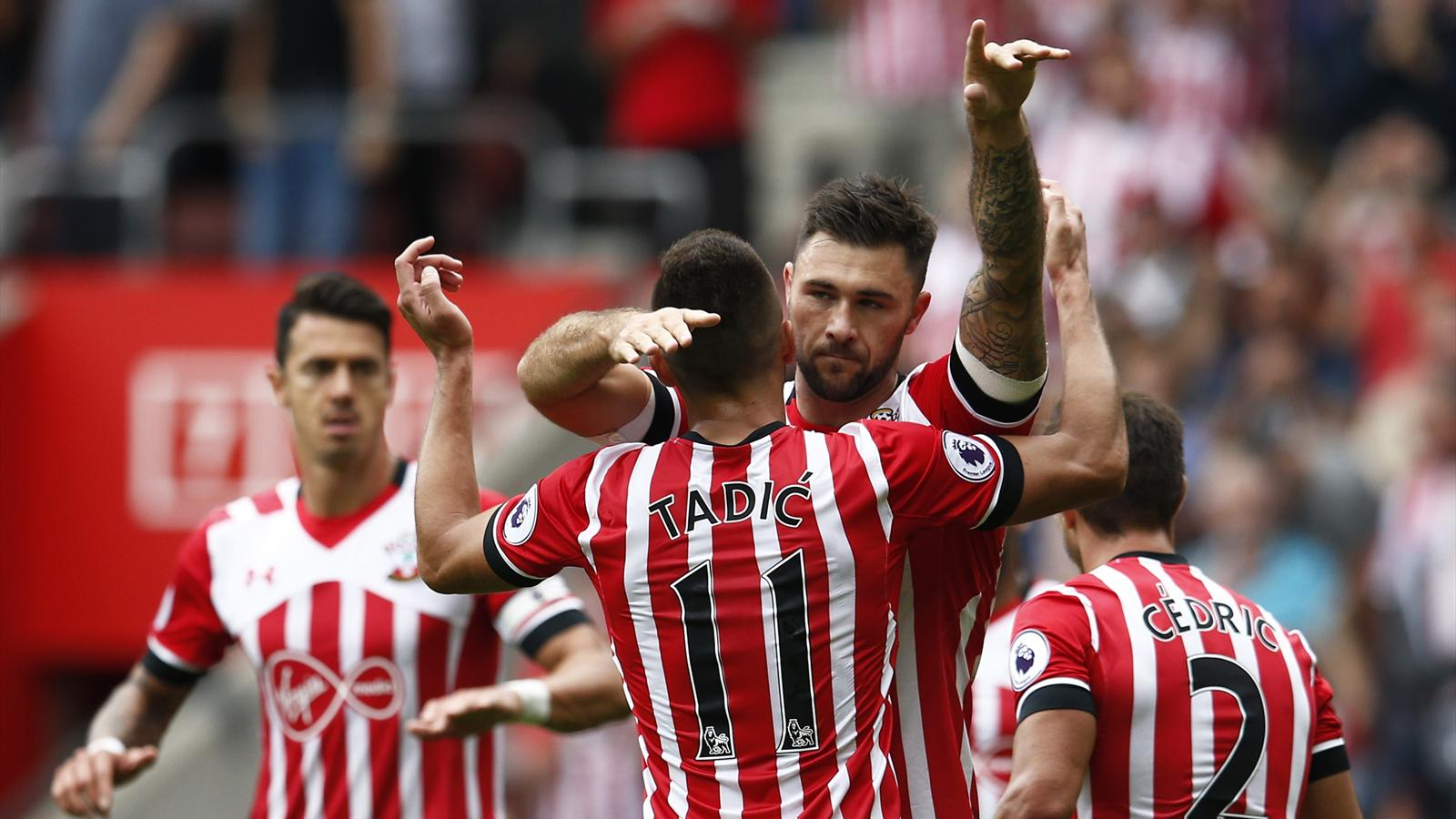 Austin on target as Southampton beat Swansea - Premier League 2016-2017 - Football - Eurosport