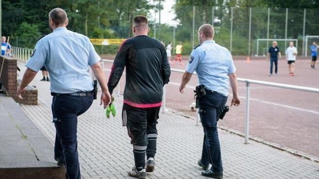 Вратарь с немецких низов арестован после 43 пропущенных мячей в одном матче