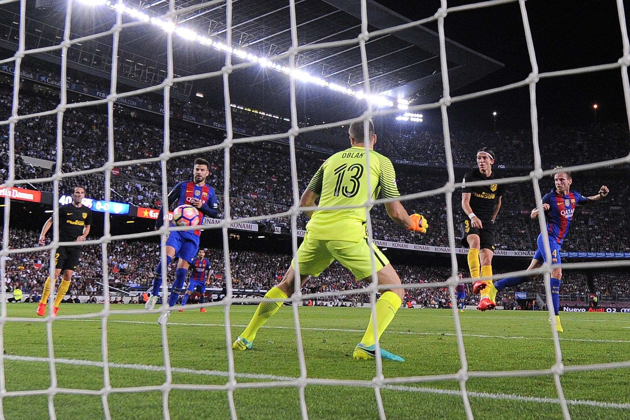 Ivan Rakitic scores against Atletico Madrid