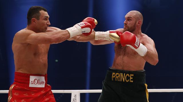 Tyson Fury v Wladimir Klitschko world title fight postponed