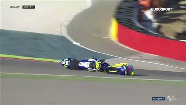 Gp di Aragon: Rossi e Marquez vanno per terra nelle terze libere