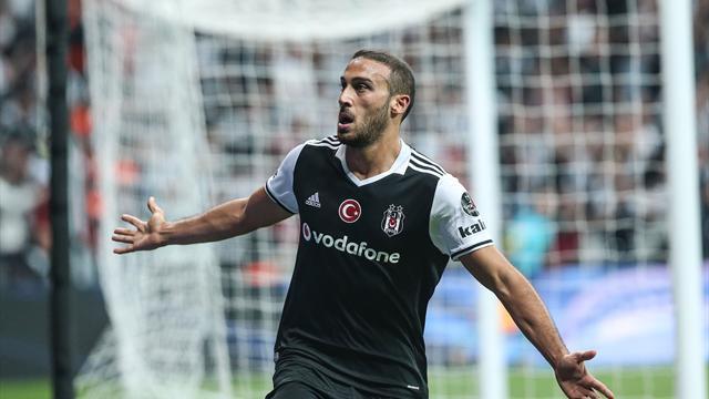 Cenk Tosun Fenerbahçe karşısında bir ilkin peşinde