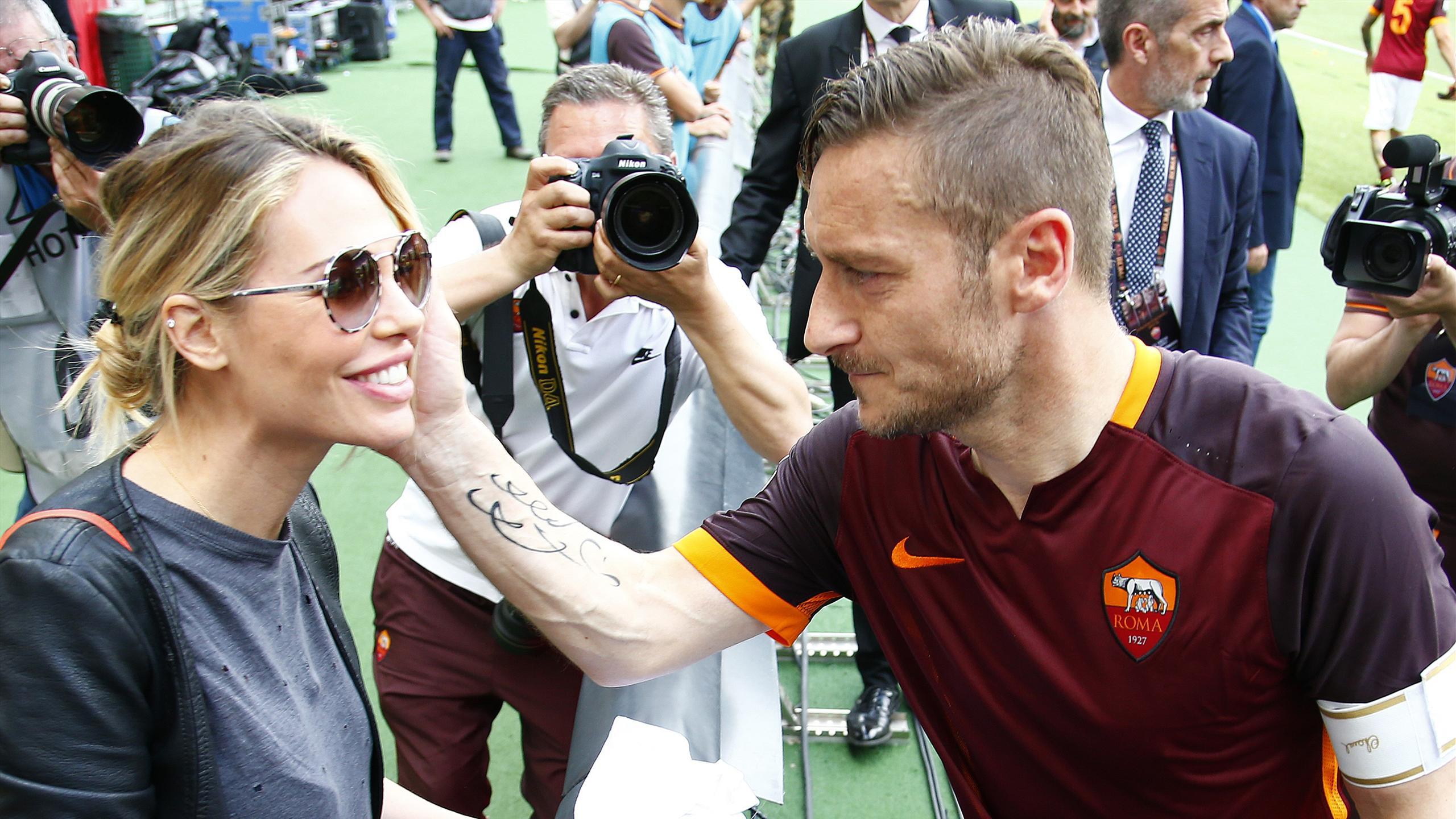 Francesco Totti and his wife Ilary Blasi