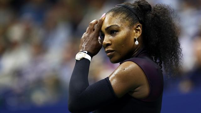 Touchée à l'épaule, Serena Williams renonce à Singapour