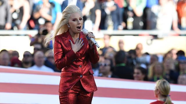 Леди Гага выступит в перерыве Супербоула-2017
