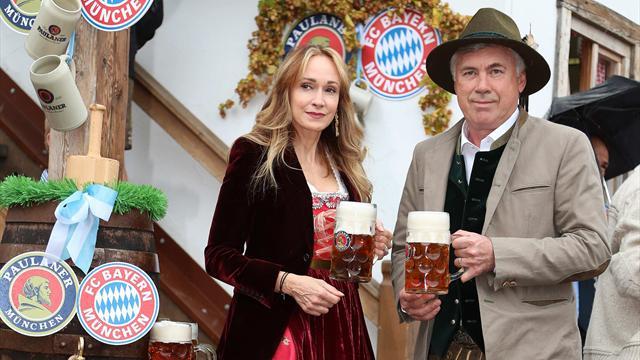 Il Bayern Monaco di Carlo Ancelotti all'Oktoberfest 2016