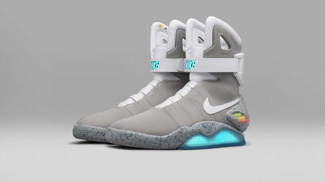 low priced 8a7c8 4595f La Nike Mag de Retour vers le Futur disponible pour 10 dollars (et beaucoup  de chance)
