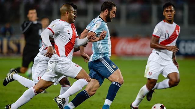 Perú-Argentina: Sin Messi la vida se vuelve gris (2-2)