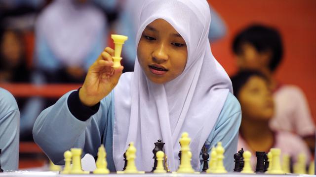 Шахматистки призвали бойкотировать ЧМ-2017 в Иране из-за требования к участницам носить хиджабы