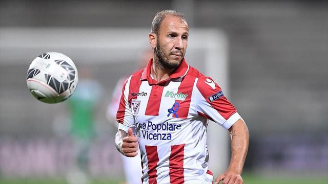 Итальянский футболист получил первую в истории зеленую карточку