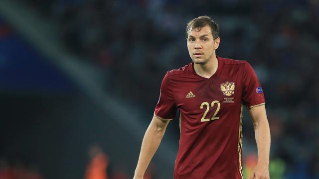 Артем Дзюба из-за травмы покинул расположение сборной Российской Федерации