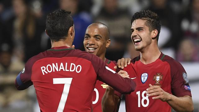 Le Portugal et André Silva explosent les Féroé, la Suisse continue son bonhomme de chemin