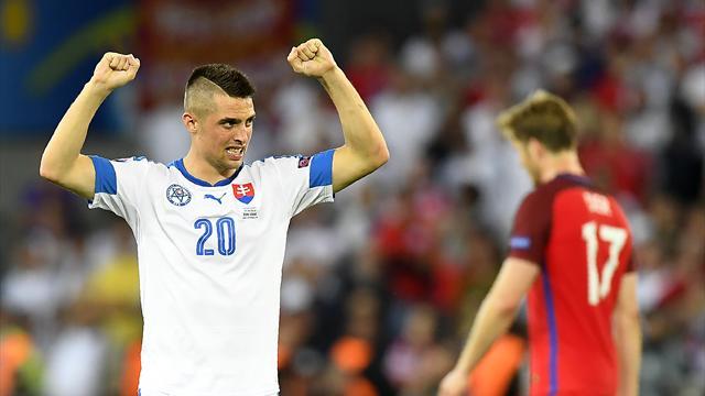 Сборная Британии сыграла вничью скомандой Словении вматче отбораЧМ