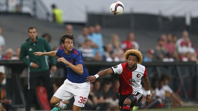 Inter Milan make £13.5m bid for Manchester United defender Matteo Darmian