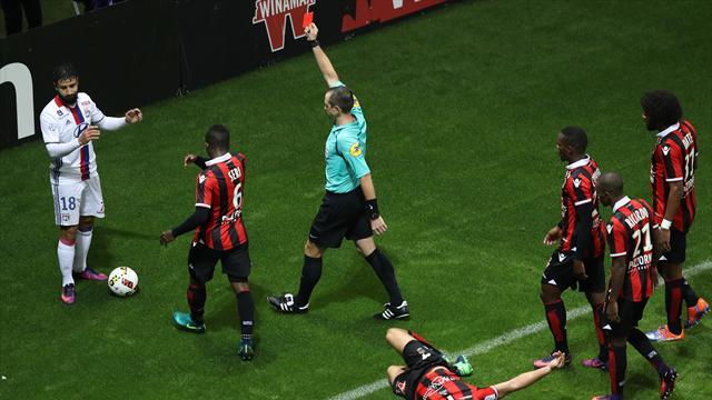 Contrairement à Balotelli, Fekir va purger un match de suspension