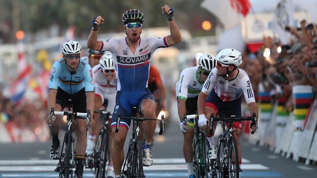 Саган выиграл групповую гонку на ЧМ по велоспорту на шоссе