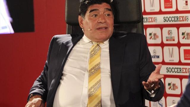 Maradona invitado de nuevo por Marruecos a jugar en el Sáhara Occidental