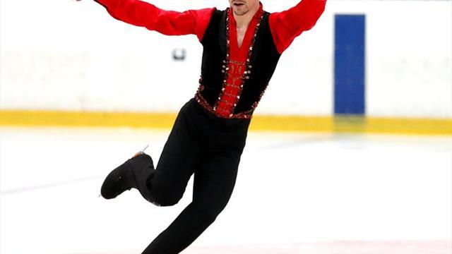 El patinador Javier Fernández, premiado por fomentar la tauromaquia