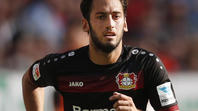 Leverkusener Calhanoglu für Hoffenheim-Spiel fraglich