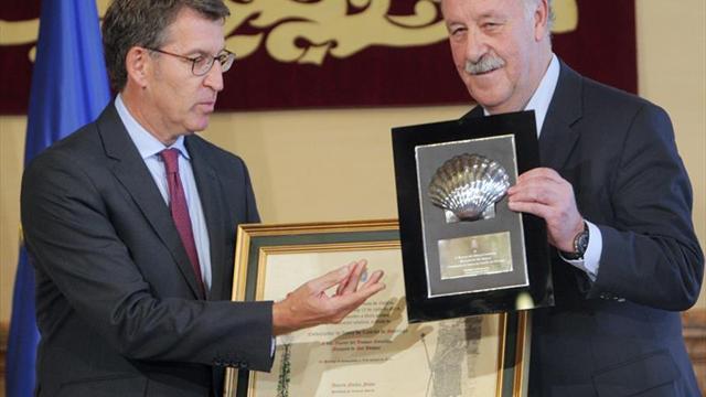 Del Bosque recoge su título como embajador de honor del Camino de Santiago