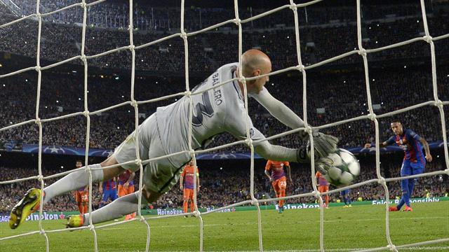 Neymar falló un penalti y revive pesadillas pasadas para el Barcelona