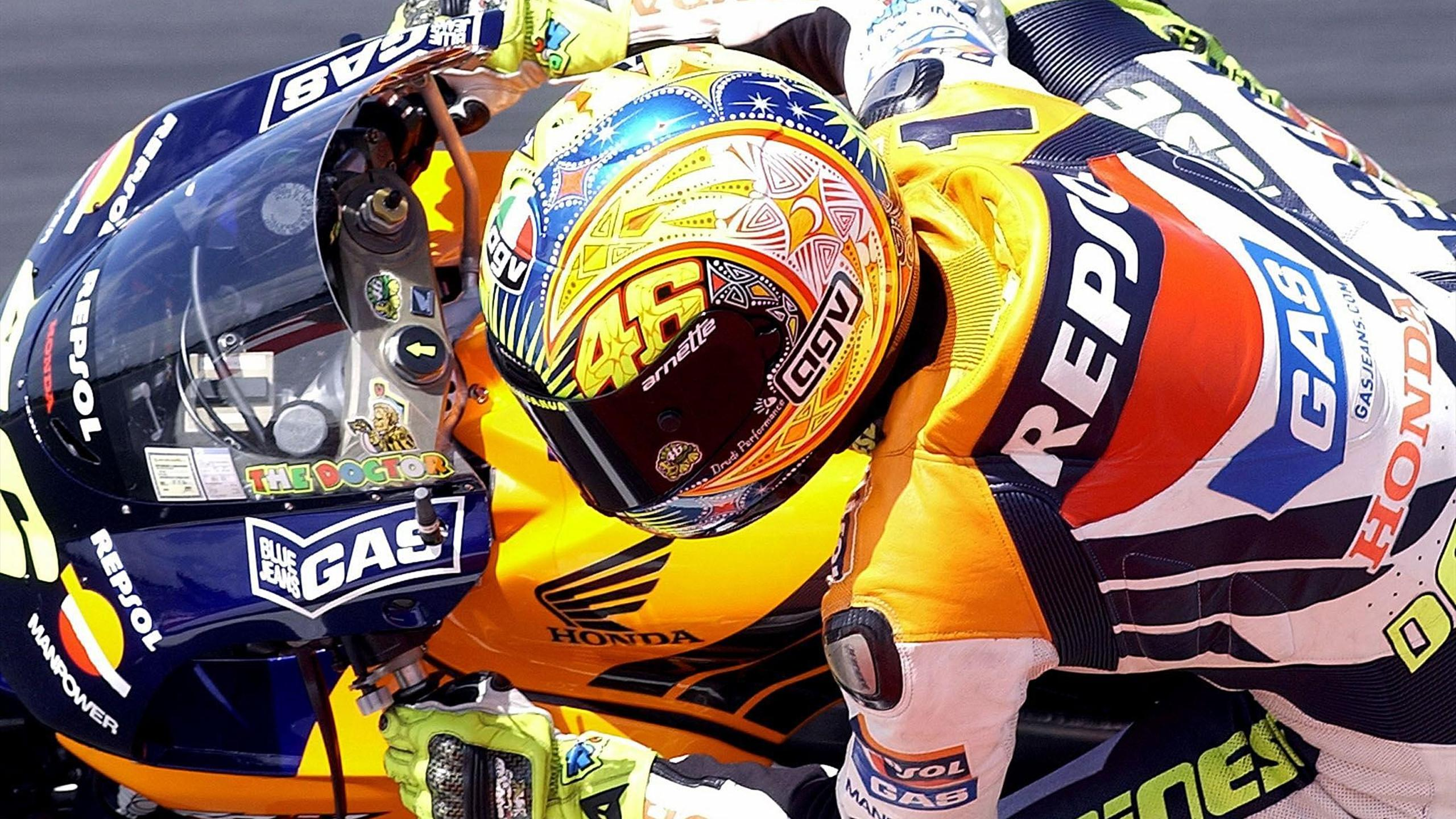 Valentino Rossi of Italy takes his Honda into a corner during the second practice session of the Australian MotoGP in Phillip Island, 19 October 2002