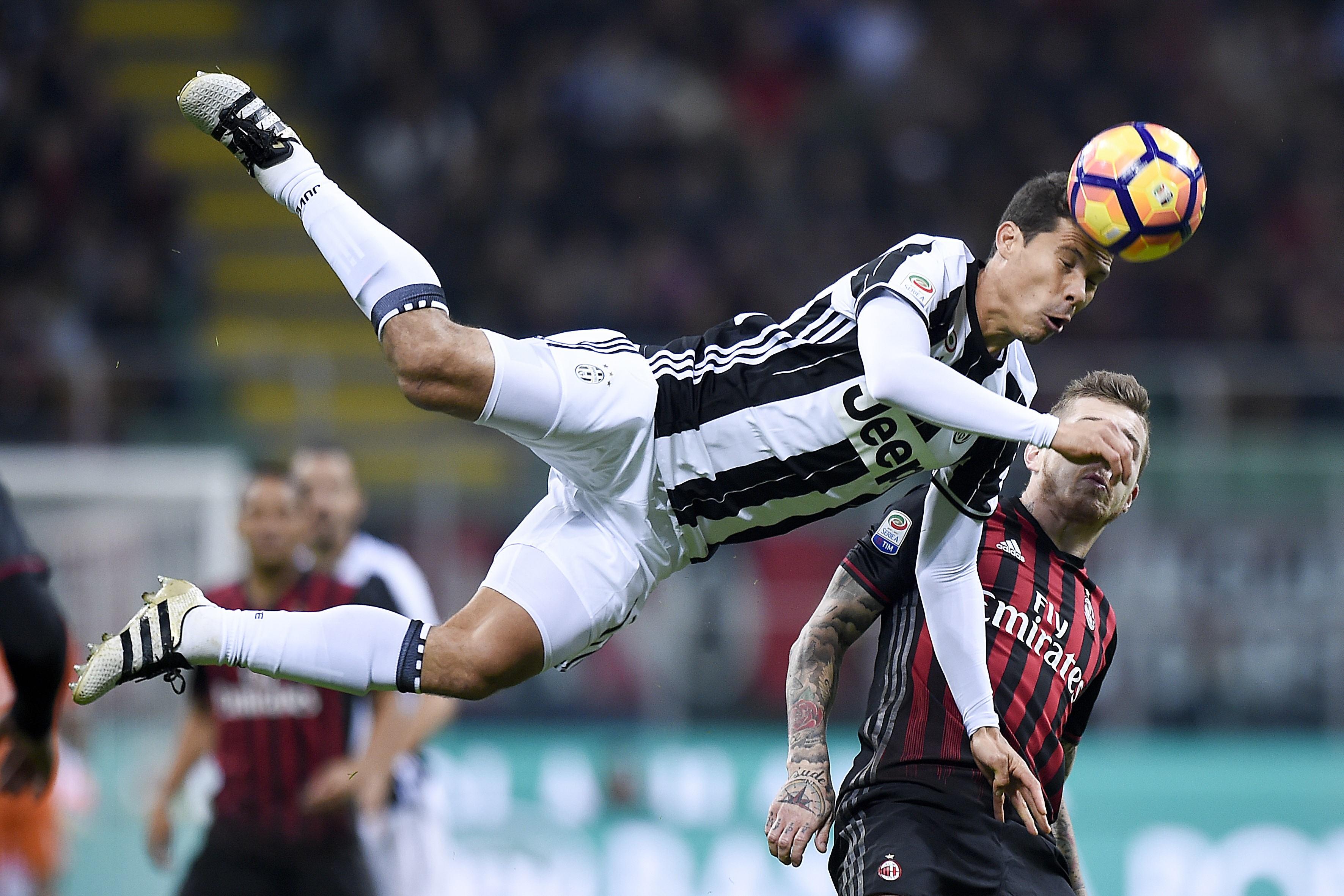 Hernanes Milan Juventus 2016