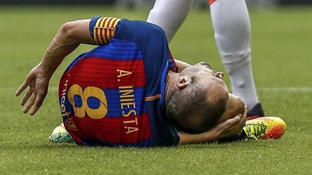 Чемпионат Испании. Иньеста выбыл на неизвестный срок из-за травмы колена