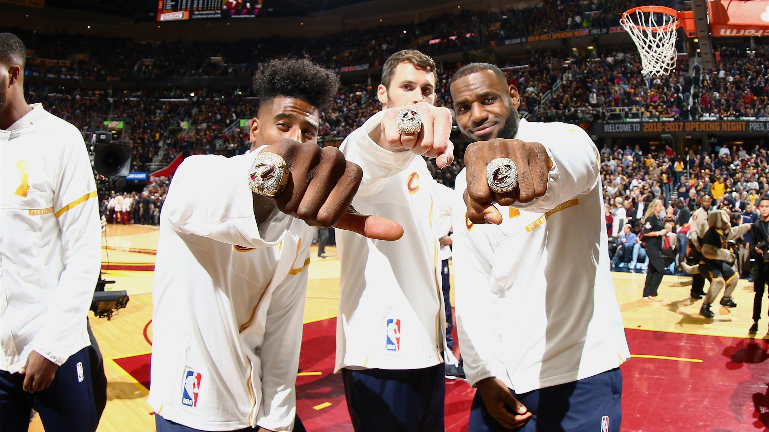 LeBron, Love y Shumpert en los Cavaliers