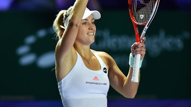 Шарапова одолела Севастову ивышла втретий раунд Australian Open