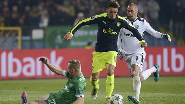 Sombrero et double feinte : le chef d'oeuvre d'Özil a mis la défense de Ludogorets sur les fesses