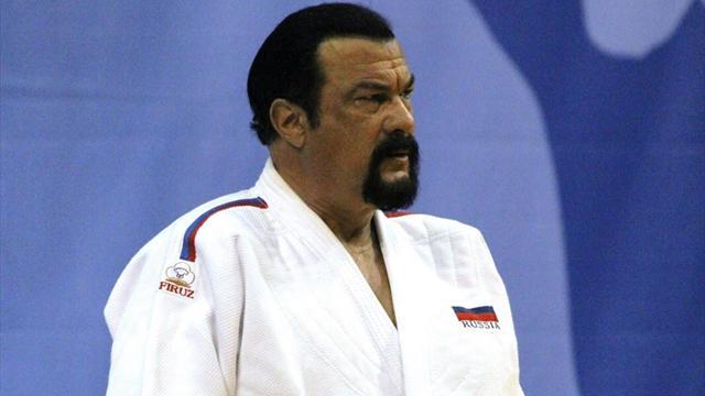 Сигал получил российское гражданство