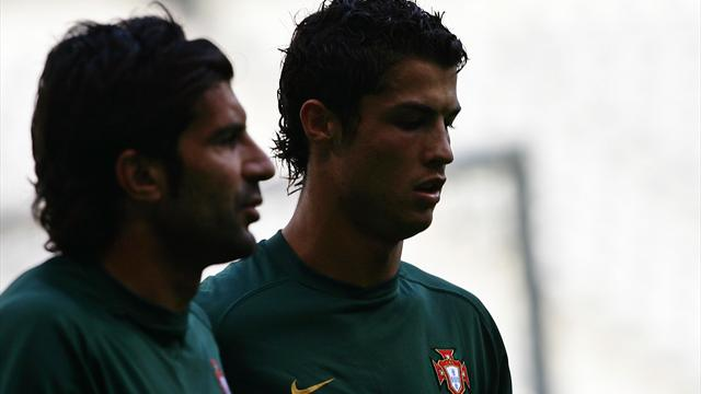Фигу: «Возможно, сейчас Роналду, ноне Эйсебио— величайший футболист вистории Португалии»