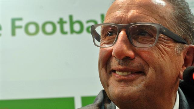 Qualifier l'Algérie pour le Mondial, mission impossible pour Leekens ?