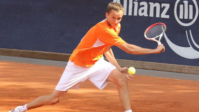Не пропусти матч Медведева в Монте-Карло на Eurosport 2