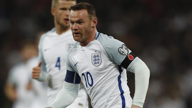 Руни лишится капитанской повязки после утверждения Саутгейта главным тренером Англии