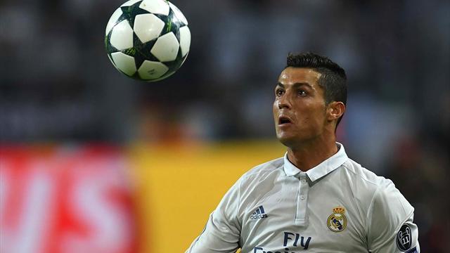 Cristiano Ronaldo 'beccato' a Parigi con la sua nuova fiamma