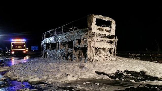 Автобус фанатов Баварии сгорел после матча сБоруссией