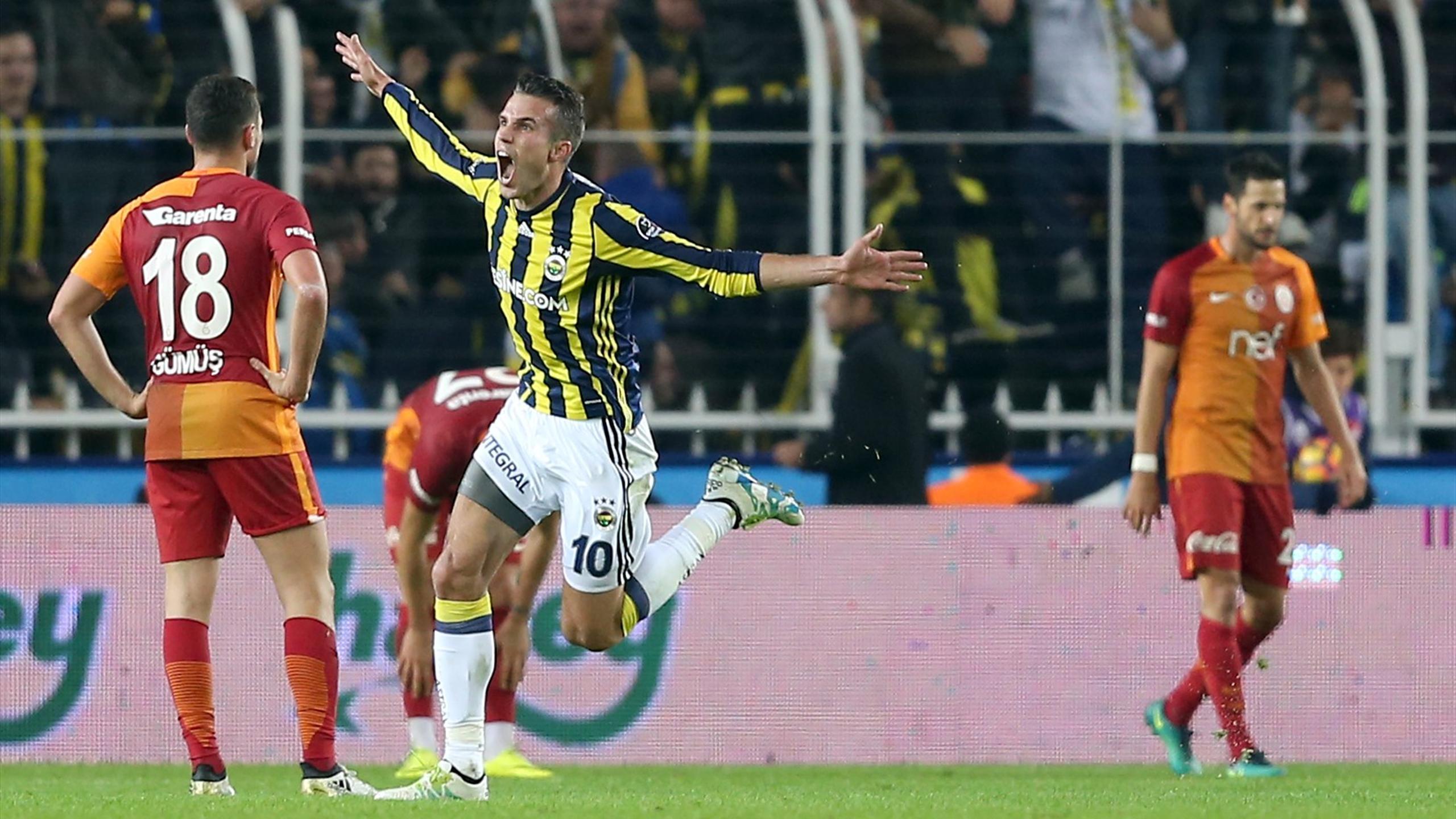 Fenerbahçe'in Kadıköy'de Galatasaray'a Yenilmediği 19 lig maçı 21