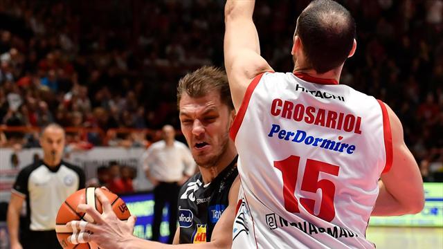 Grave incidente a Trento sud, coinvolto anche un giocatore dell'Aquila Basket
