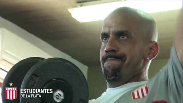 Veron, giocatore-presidente: torna in campo a 41 anni