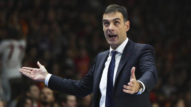 El Barcelona Lassa destituye a Bartzokas como entrenador