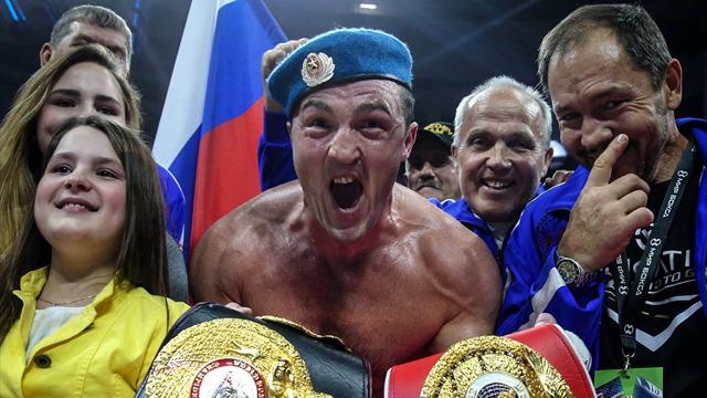 Пожалели: Боксеру Лебедеву недали усмирить авиадебошира всамолете