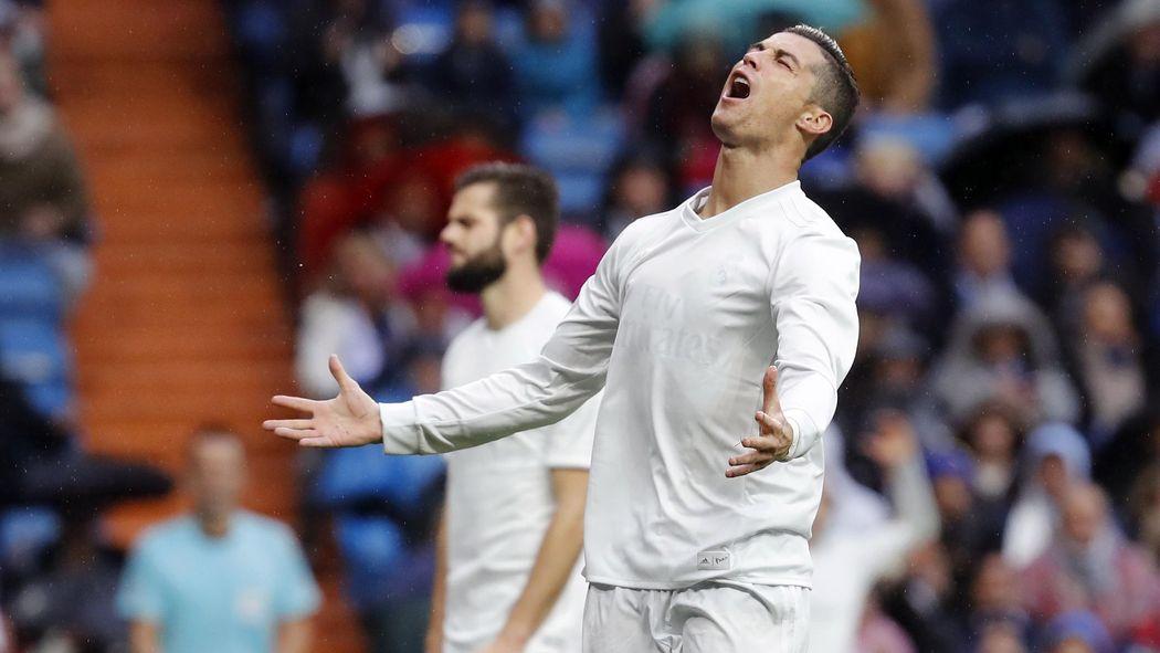 En la camiseta reciclada del Real Madrid no se vio el escudo ni la  publicidad - Fútbol - Eurosport Espana ce02dd3219125