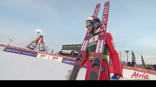 Rydzek skis to comfortable victory