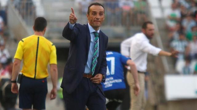 El Córdoba destituye a José Luis Oltra tras nueve jornadas sin ganar