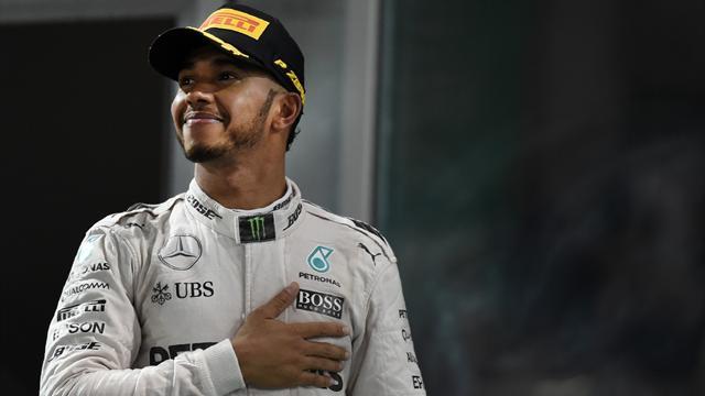 """Hamilton se voit encore en F1 pour """"au moins dix ans"""""""