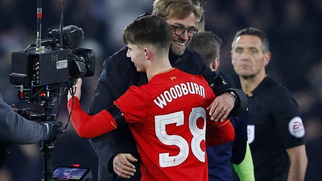 Liverpool yarı finalde, Owen'ın rekoru tarihte