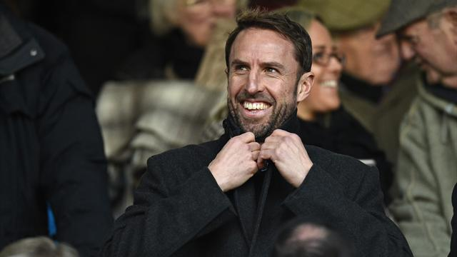 Paper Round: Southgate admits tournament win unlikely, Hammers want Sturridge