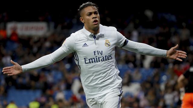 El Real Madrid ya está en octavos tras golear a la Cultural con exhibición de Mariano (6-1)